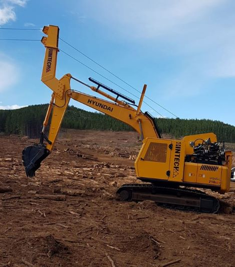 HPE Africa's Hyundai R210LC-7 excavator converted to HT shovel yarder for logging operations