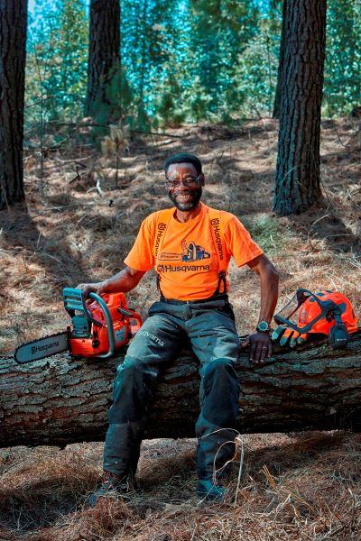 Career with a difference – Innocent Sefolo the chainsaw guru celebrates 42 years