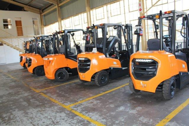 Shumani Industrial Equipment offers complete forklift solutions