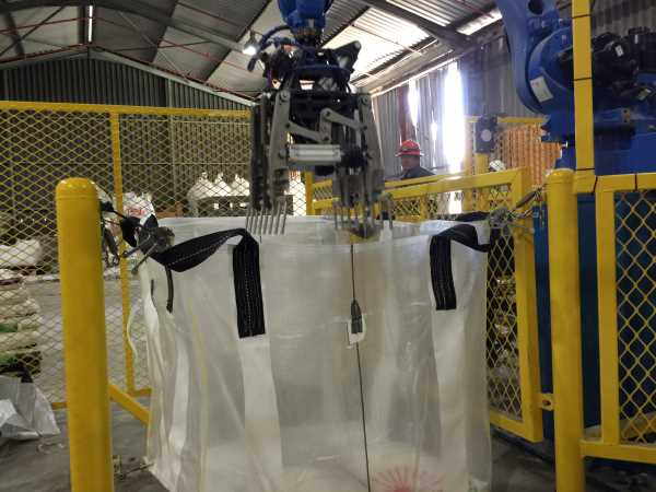 Bag-handling robots: A new wave of productivity and efficiency