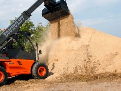 M7 Kubota tractor central to Smith Power's NAMPO 2018 exhibit